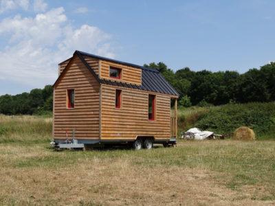 vue d'extérieur tiny house, chalet nomade