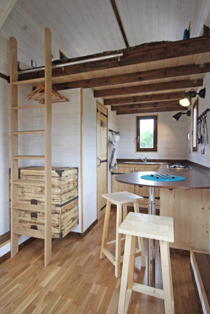 mod le tiny house l 39 harmonie les chalets nomades. Black Bedroom Furniture Sets. Home Design Ideas
