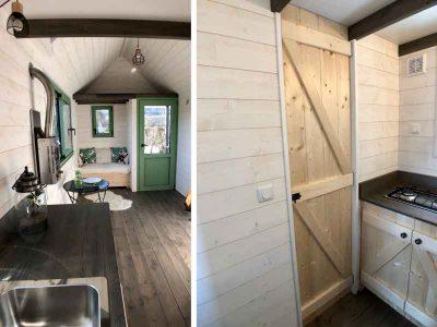 Plan de travail avec un évier, placards et espace pour frigo pour ce modèle de tiny house sur-mesure pour 2 personnes fabriquée dans le Perche en Orne entre Alençon, Le Mans en Sarthe et Chartres en Eure et Loir